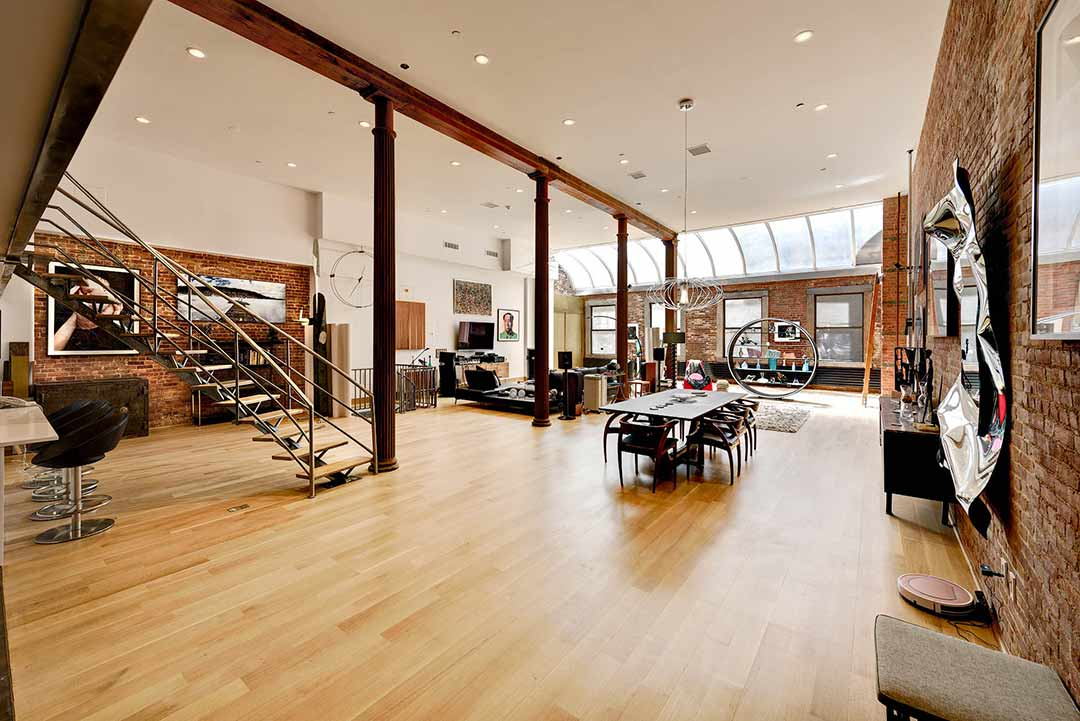 Walker Triplex Loft, Huge with four windows and skylight , Side view of main room