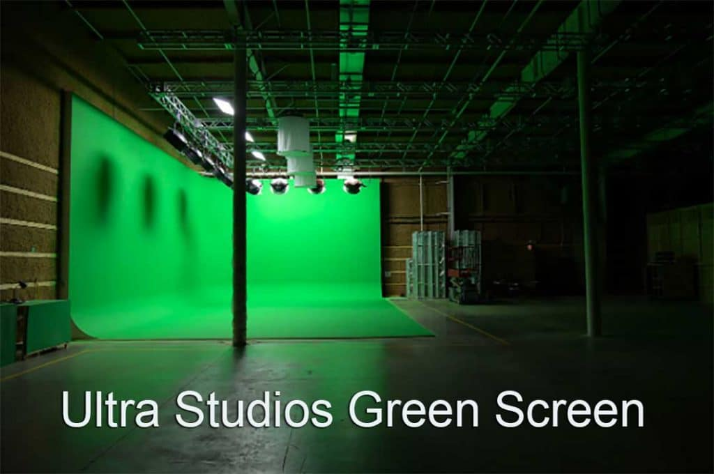 Ultra Studios Green Screen Cyc . Huge two walled green cyc